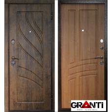 Дверь с декоративными накладками №9