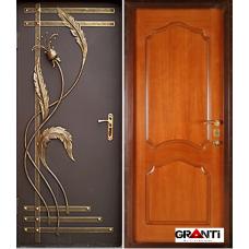Дверь с порошковым напылением и ковкой №551